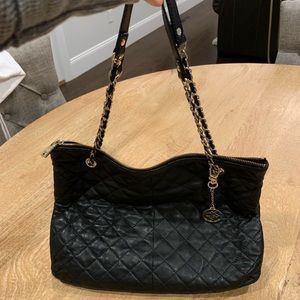 Dkny Bags - DKNY quilted leather purse